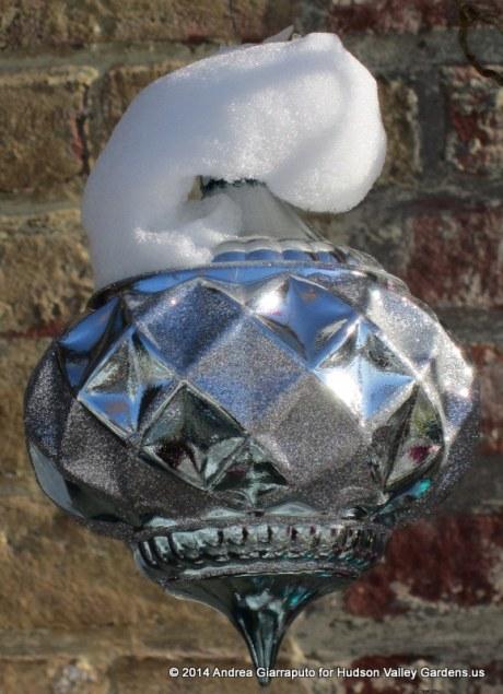Christmas tree ornament at Kiss My Feet Salon Saugerties NY