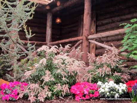 Cedar garden structure, www.HudsonValleyGardens.us