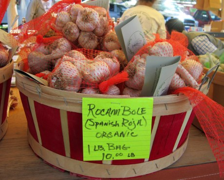 basket-of-garlic-grand-gorge-garlic-and-maple-farm-Hudson-Valley-Garlic-Festival